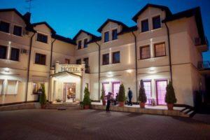 Hotel***Dworek Małgorzata Burzyńska